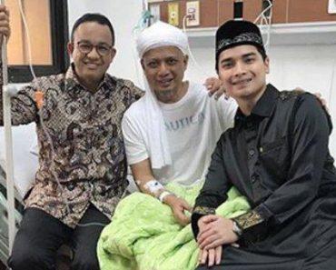 Ustaz Arifin Ilham dibesuk Anies Baswedan